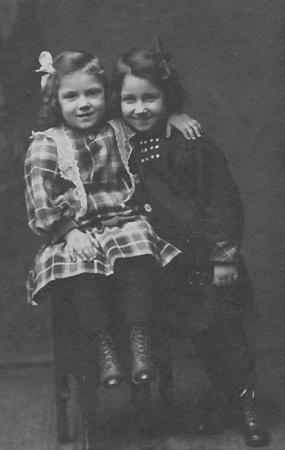 Aunt Fran & Grandma